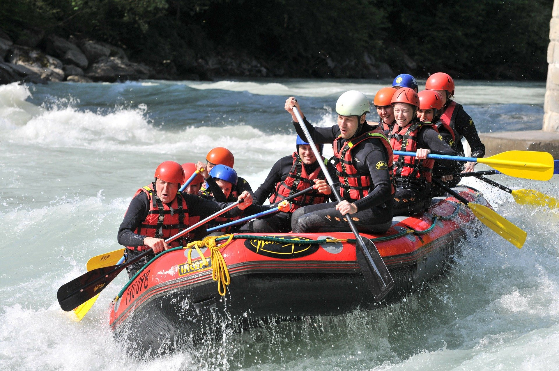 white water rafting canmore