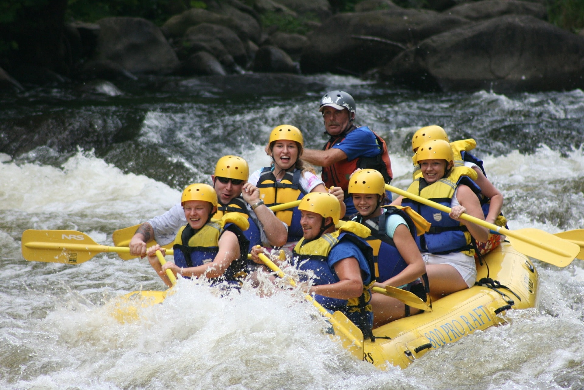 river rafting in cultus lake
