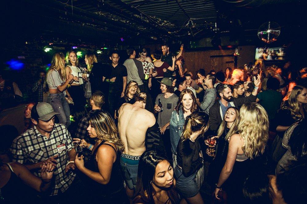 garfinkels nightclub in whistler