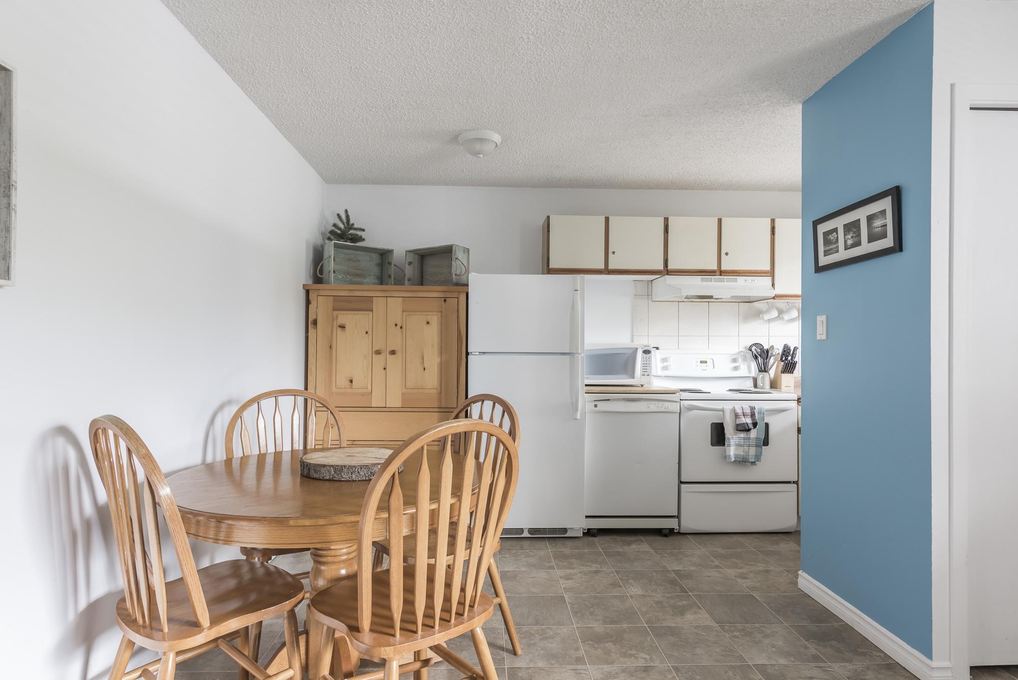 Harrison Interior Kitchen Airbnb Photo